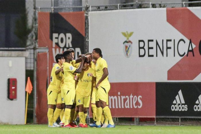 """Sub-23 """"imitam"""" equipa principal e param Benfica!"""